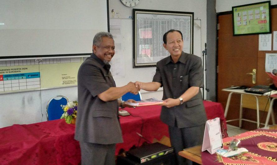 Serah Terima Jabatan Kepala Sekolah SMP Negeri 10 Surabaya