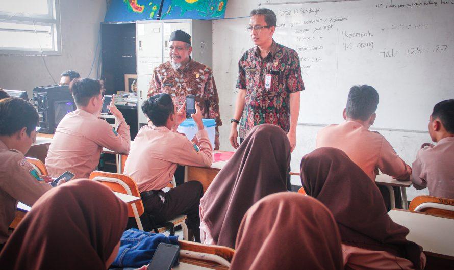 SMP Negeri 10 Surabaya Siapkan 12 Server Untuk USBK dan UNBK