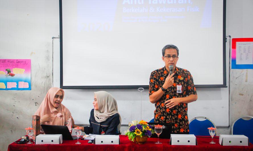 Cegah Kekerasan Pelajar, DP5A Kota Surabaya Sosialisasikan Dinamika Remaja di SMP Negeri 10 Surabaya