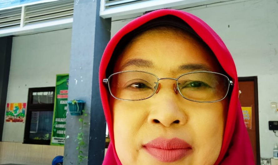 Sayyida Dina Zumrotin, S.Pd. Mulai Tanah Garam, Pandhalungan, Tlatah Majapahit, Hingga Kota Pahlawan