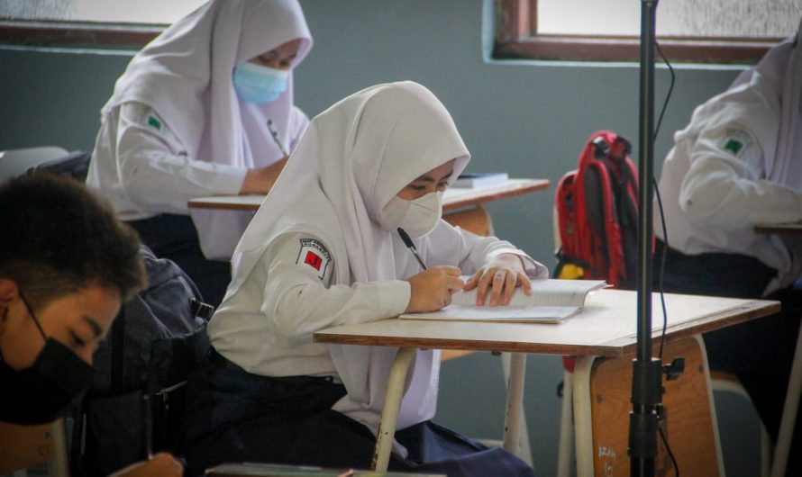 PTM Terbatas Kelas IX di SMPN 10 Surabaya Telah Diterapkan, Bagaimana untuk kelas VIII dan VII? Ini Jawabannya!